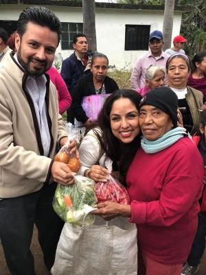 entrega de Verduras FEr